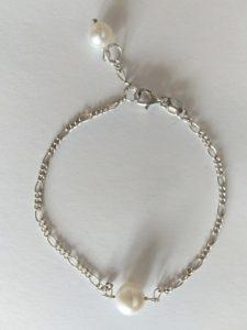 Silberne Armkette mit Süßwasserzuchtperlen von ascination beauty handmade