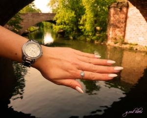 Perlmutt Nails on Water, Fossiluhr, Pandora Ring, Fluss