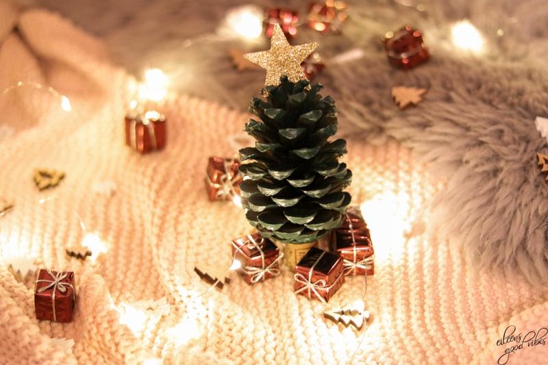 DIY Tannenzapfen Weihnachtsbaum