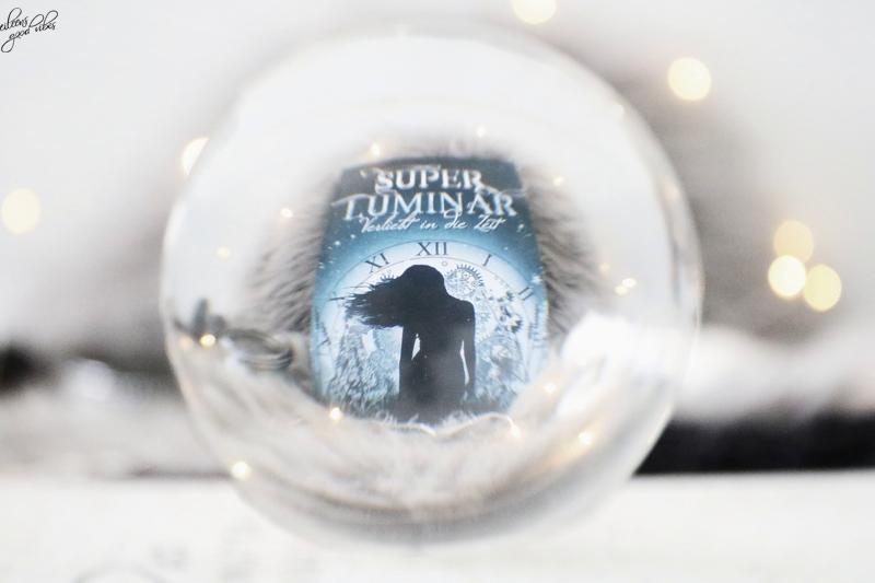 Superluminar | Verliebt in die Zeit