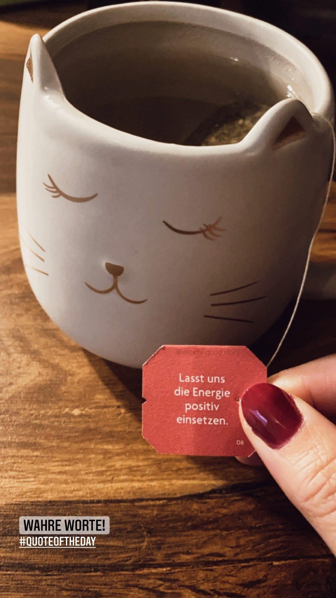 Yogi Tee mit Botschaft